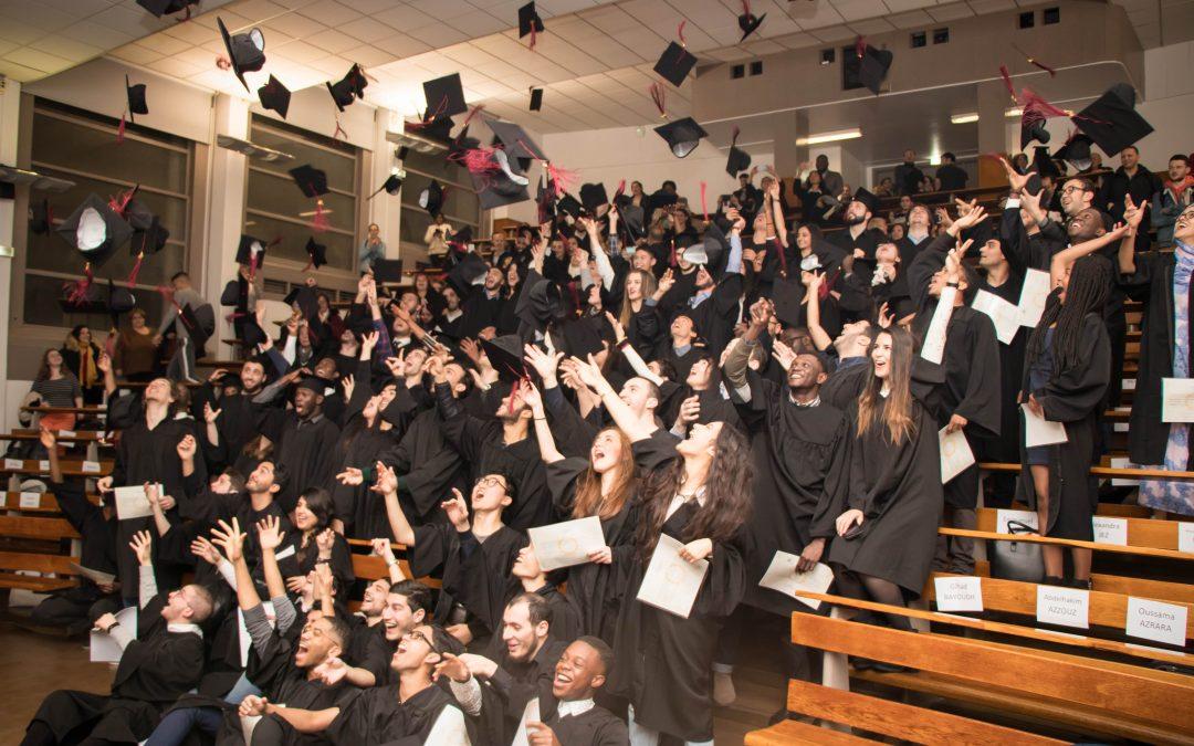 Cérémonie de remise des diplômes des licences